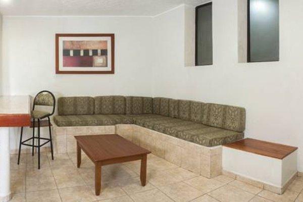 Hotel & Suites Real del Lago - фото 8