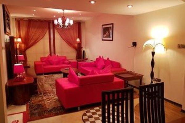 Al Shams Plaza Hotel Apartments - фото 7