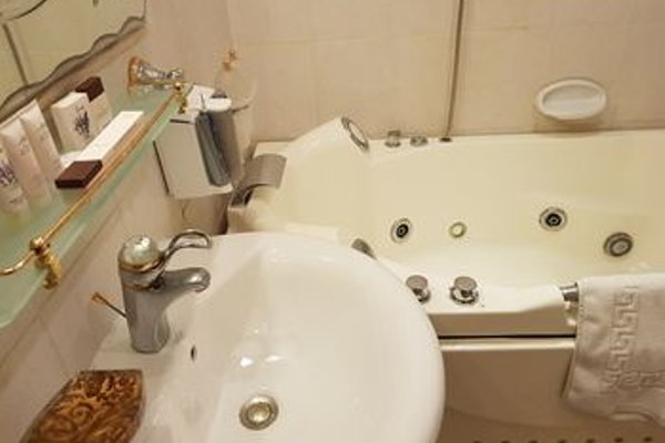 Al Shams Plaza Hotel Apartments - фото 8