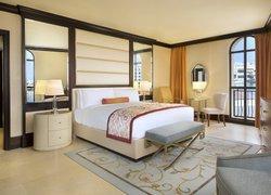 The Ritz-Carlton Abu Dhabi, Grand Canal фото 2