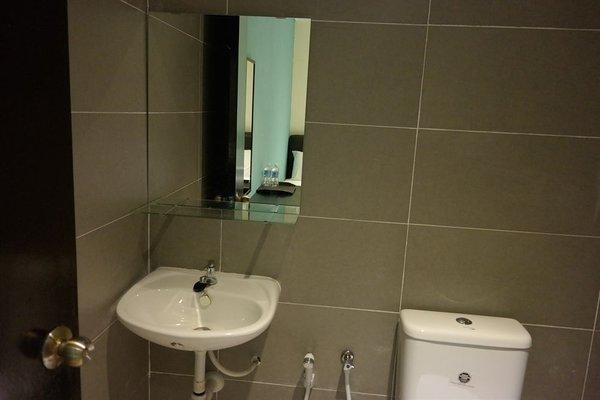 Clover Hotel Port Dickson - фото 14