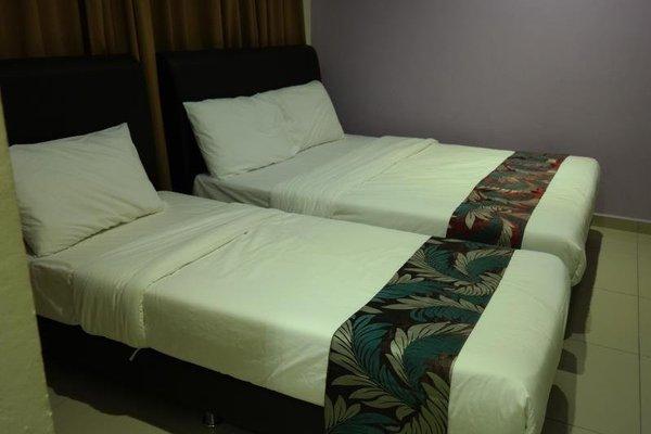 Clover Hotel Port Dickson - фото 6