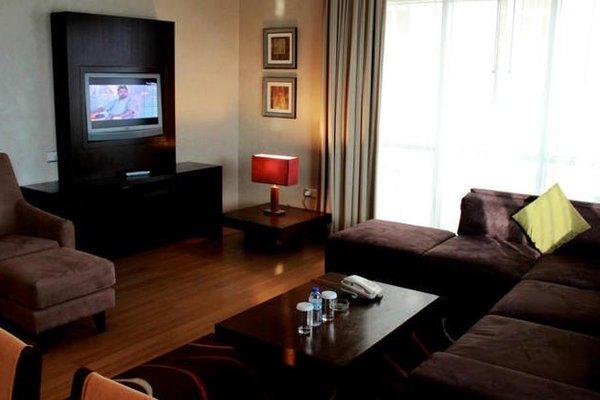 Tulip Creek Hotel Apartments - фото 6