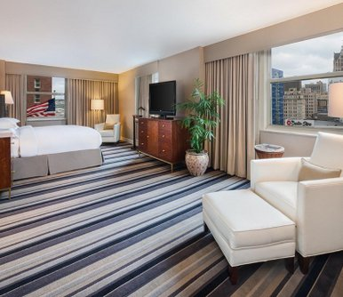 Отель Hilton Milwaukee City Center