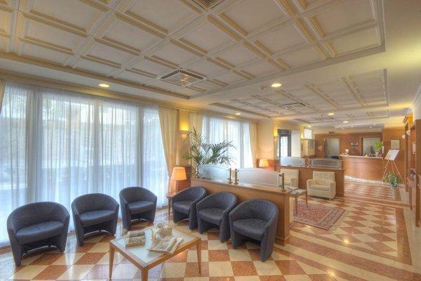 Hotel 3 Querce - фото 8