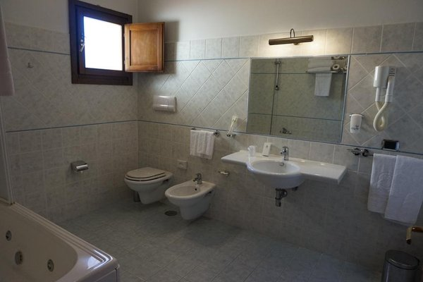 Bel Sito Hotel Due Torri - фото 7