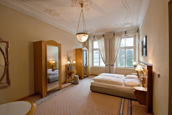 Hotel Three Lilies - 3