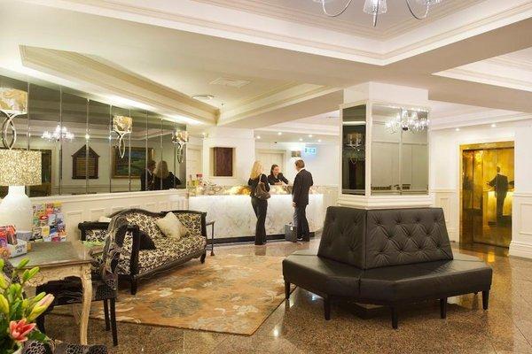 Royal Albert Hotel - фото 11