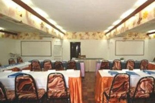 Reef Hotel Mombasa - 14