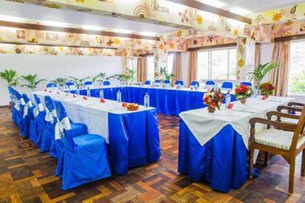 Reef Hotel Mombasa - 8