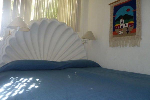 Dolphin Cove Inn - 4