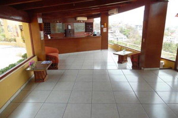 Plaza Tucanes Manzanillo - фото 12