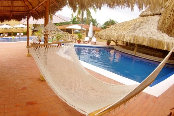 Plaza Tucanes Manzanillo - фото 19