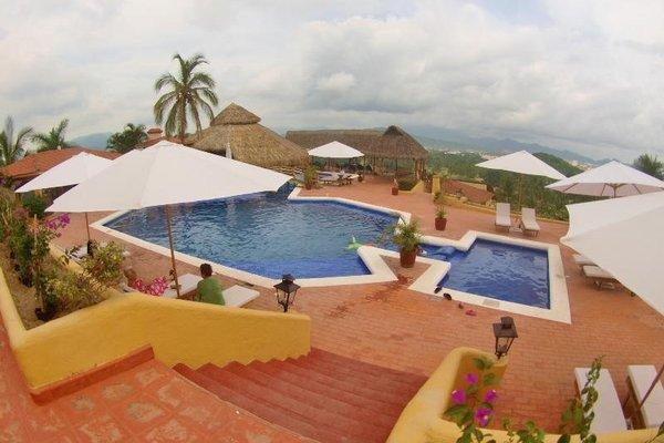 Plaza Tucanes Manzanillo - фото 21