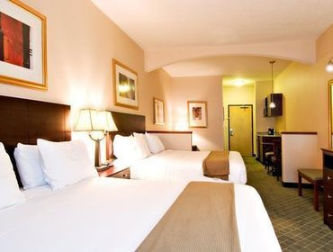 Апартаменты Holiday Inn Express & Suites Springfield