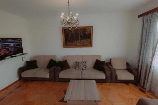 On Khimshiashvili Apartment - фото 11