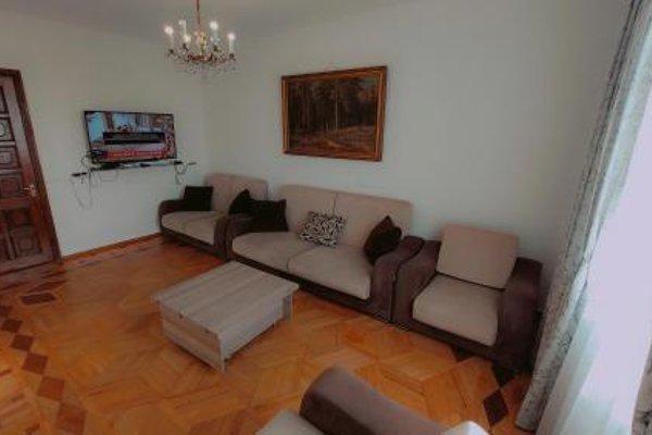 On Khimshiashvili Apartment - фото 12