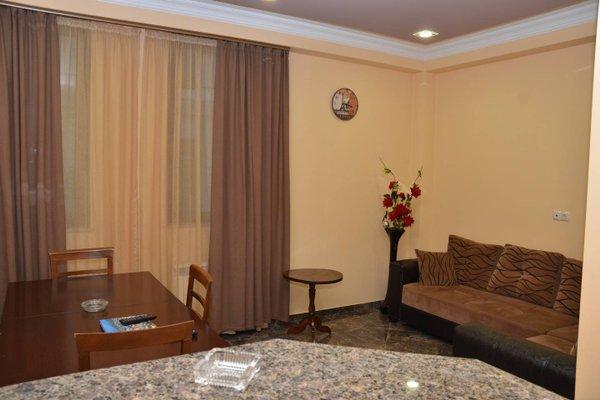 Апартаменты «Элитный дом в Батуми» - фото 7