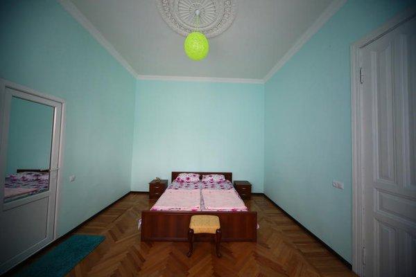 Georgianize Yourself Hostel - фото 3