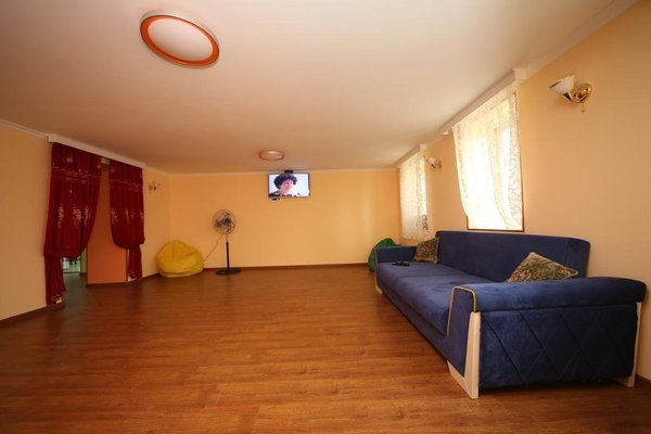 Georgianize Yourself Hostel - фото 9