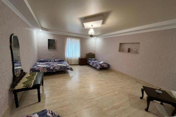 Kutaisi City Heart Apartment - фото 13