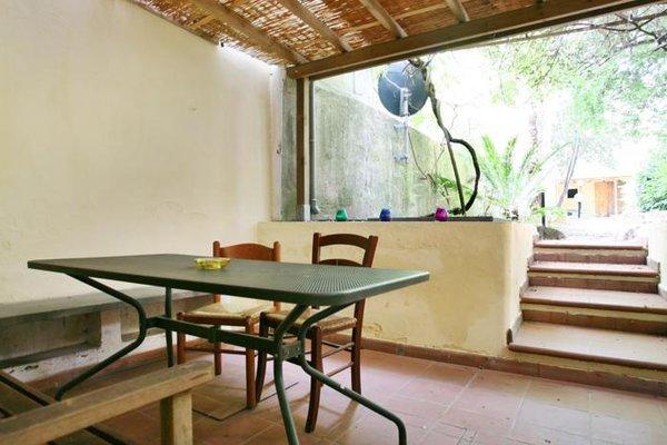 Apartment with garden - near San Lorenzo - фото 11