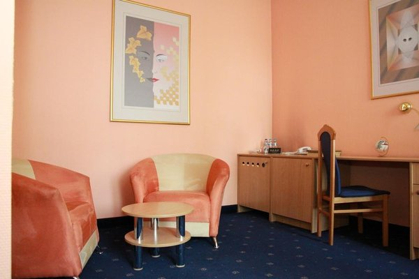 Hotel Royal - 11