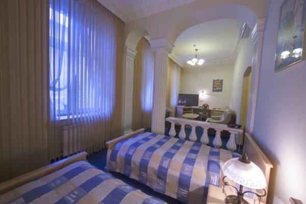 Hotel Royal - 3