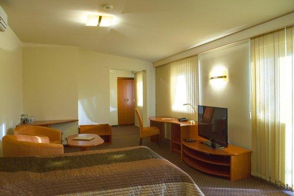Hotel Royal - 9