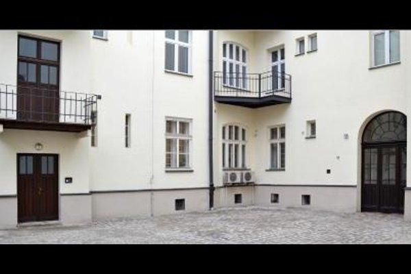 777 Apartments 2 - фото 21