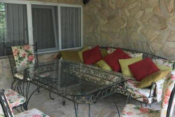Dacha Apartment - фото 17