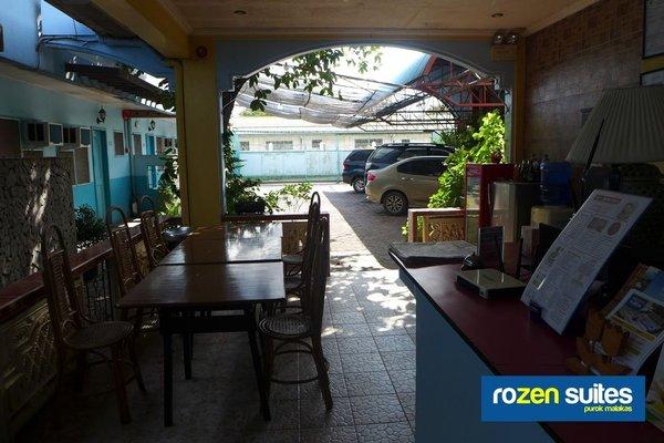 Rozen Suites Malakas - фото 14