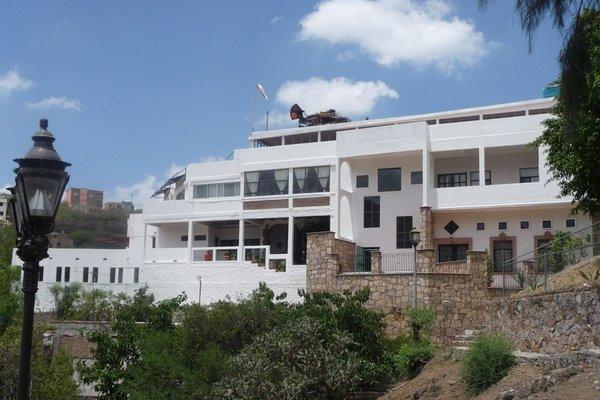 Casa Zuniga - 11