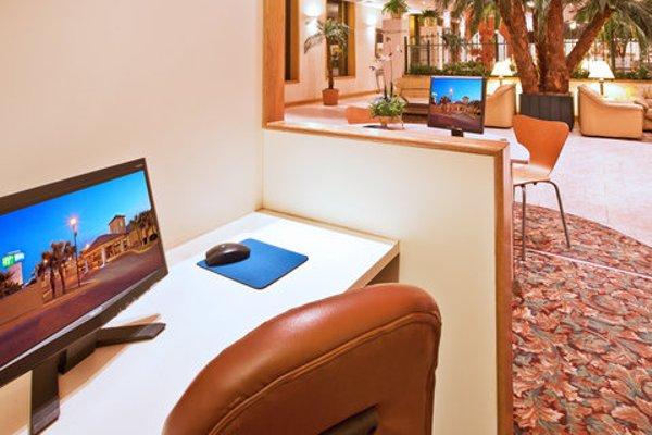 Holiday Inn Express Chihuahua - фото 3