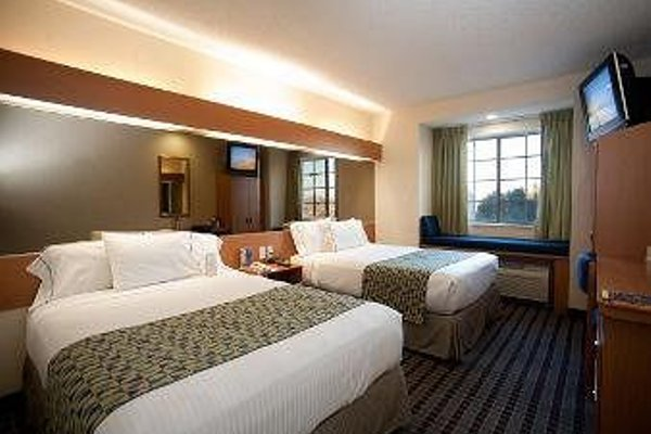 Microtel Inn & Suites by Wyndham Chihuahua - фото 50