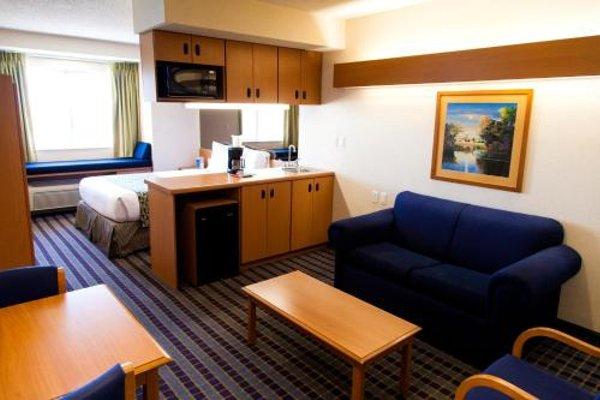 Microtel Inn & Suites by Wyndham Chihuahua - фото 6