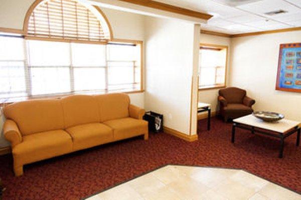 Microtel Inn & Suites by Wyndham Chihuahua - фото 7