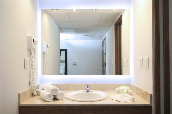Holiday Inn Hermosillo - 8
