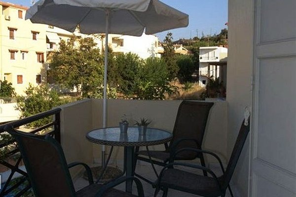 Philoxenia Apartments - фото 12