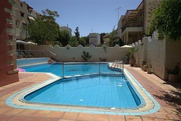 Philoxenia Apartments - фото 18