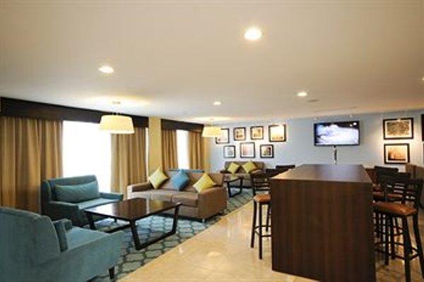 Holiday Inn Express Toluca - фото 4