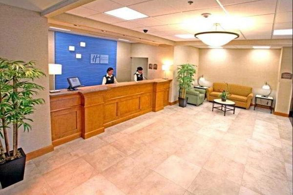 Holiday Inn Express & Suites Toluca Zona Aeropuerto - фото 11