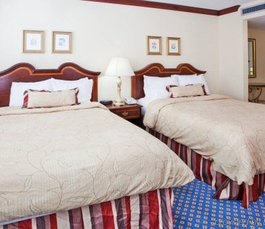 โรงแรม Staybridge Suites Savannah Historic District