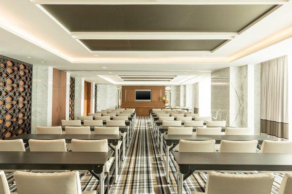 Sheraton Grand Hotel, Dubai - фото 15