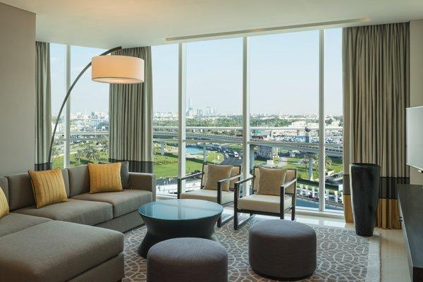 Sheraton Grand Hotel, Dubai - фото 20
