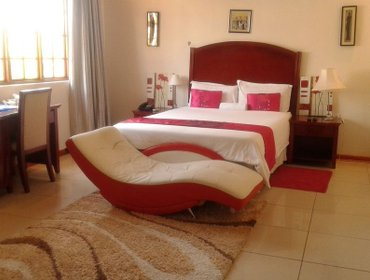 Гестхаус Comfort Palace Guest House Francistown