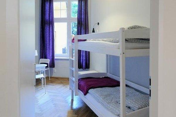 Hollywood Hostel - 8