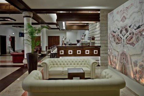 Hotel Crocus - фото 4