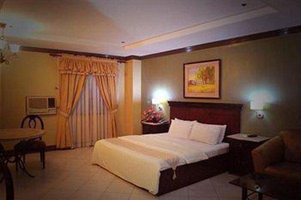 Cebu Business Hotel - фото 7
