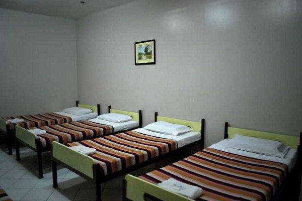 Cebu Business Hotel - фото 8